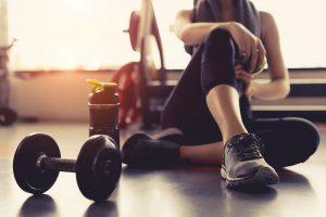 bodybuilding vs strength training